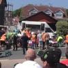 Tourist Trophy, spettatori travolti da una moto: 11 feriti, uno è grave