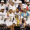 Finali Nba: LeBron ci prova, gli Spurs alzano il trofeo! Tutte le immagini della festa
