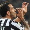 Tg SportCafe24 | La Juventus blinda Tevez. Inter, due nomi per la fascia. Il rinnovo di Abate e la spesa del Napoli in casa Ajax