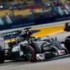 Formula 1: a Singapore Hamilton conquista la pole