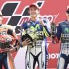 MotoGP Assen: Rossi beffa Marquez con una manovra alla Cairoli