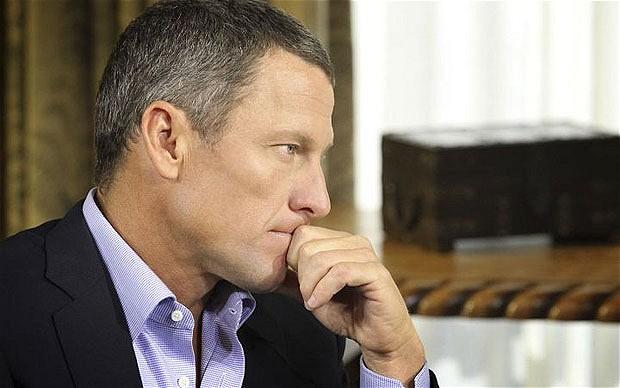 Lance Armstrong durante la confessione di ieri sera in TV