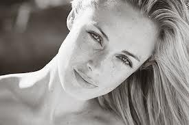 La bellissima modella Reeva Steenkamp uccisa da Oscar Pistorius