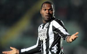 Serie B - Emeghara con la maglia del Siena