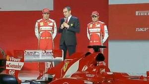 Alonso, Domenicali e Massa durante la presentazione - ferrari.com
