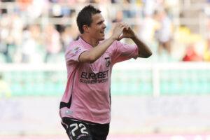 Il centrocampista sloveno, Josip Ilicic, richiesto dalla Fiorentina