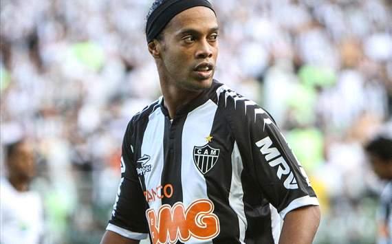 Ronaldinho con la maglia dell'Atletico Mineiro