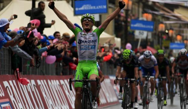 Enrico Battaglin ha vinto la quarta tappa del Giro 2013 con partenza da Policastro e arrivo a Serra San Bruno