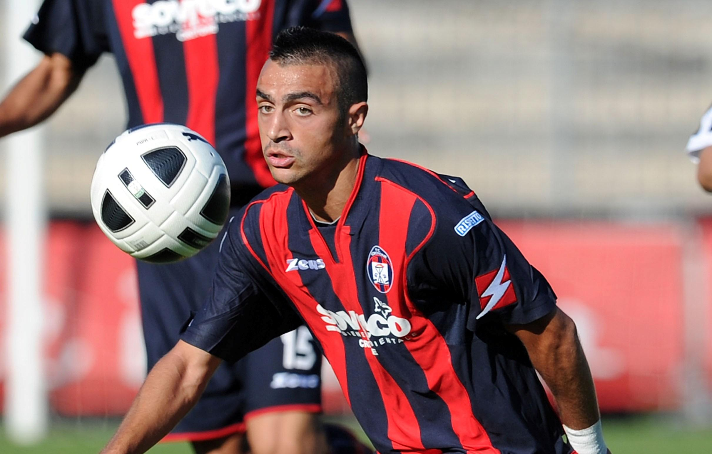 Mirko Eramo, centrocampista del Crotone