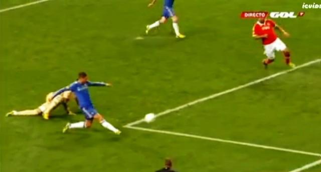 Gol Torres Benfica Chelsea