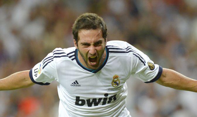 Higuain, protagonista del calciomercato estivo