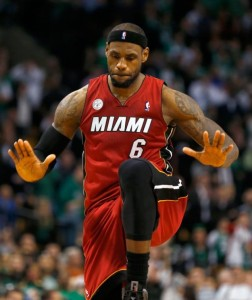 Playoff Nba Lebron James festeggia la vittoria
