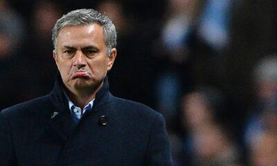 Mourinho, allenatore del Chelsea sconfitto per 2-0 dal Newcastle
