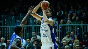 Stefano Mancinelli al tiro