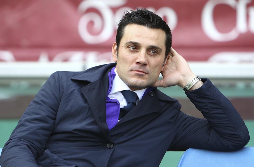 Vincenzo Montella deve risolvere il rebus in attacco in vista della gara tra Fiorentina e Napoli