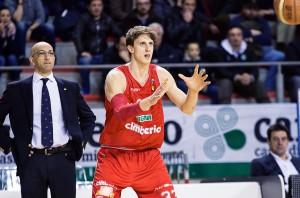 Achille Polonara lascia Varese dopo due stagioni