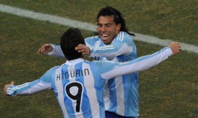 Higuain e Tevez con la maglia della nazionale argentina