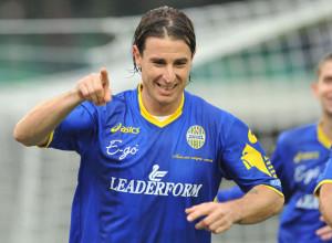 Daniele Cacia, attaccante del Verona
