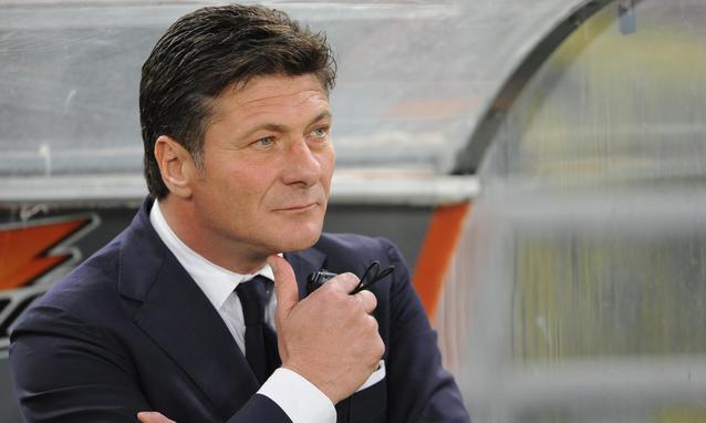 Walter Mazzarri sulla panchina dell'Inter