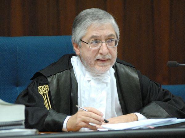 Il giudice Toni Adet Novik