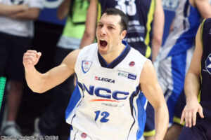 NIcolas Mazzarino, Match-winner per Cantù