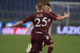 Darmian e Glik