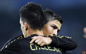 Cristiano Ronaldo e il nuovo acquisto del Napoli, Callejon, con la maglia del Real Madrid