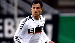 Il difensore albanese Mergim Mavray, vicino alla Lazio