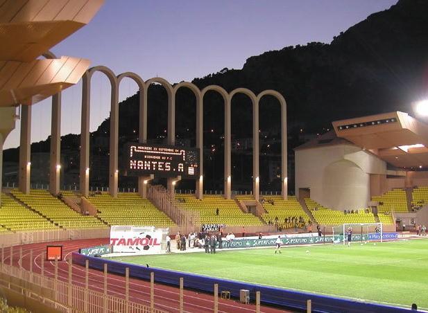 Lo stadio Saint Louis II, casa del Monaco