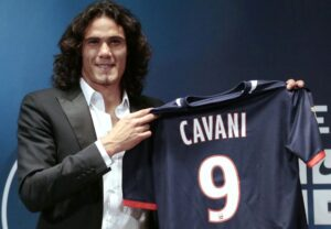 Edinson Cavani , doppietta nella vittoria del PSG contro il Bastia nella decima giornata di Ligue 1