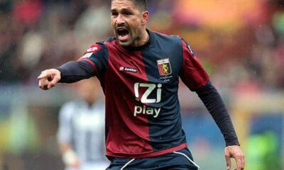 Marco Borriello con la maglia del Genoa