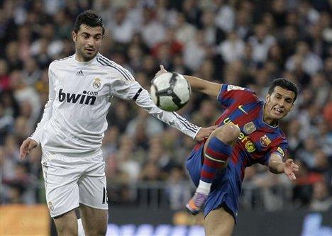 Raul Albiol con la maglia del Real Madrid