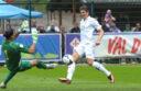 Serie A - Mario Gomez con la maglia della Fiorentina