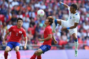 In azione in una partita delle scorse Olimpiadi della sua nazionale contro la Corea del Sud