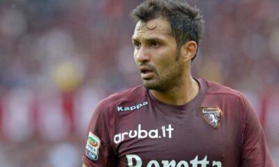 Mario Santana con la maglia del Torino