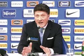 Walter Mazzarri, durante la conferenza stampa di presentazione di Inter Juventus