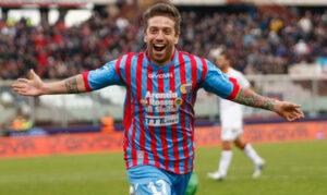 Alejandro Gomez con la maglia del Catania