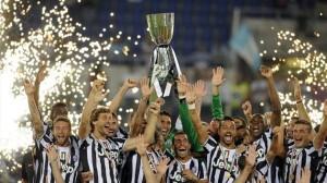 La Juventus alza al cielo la Supercoppa Italiana