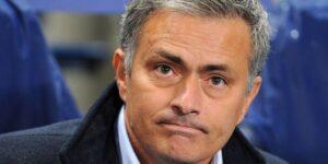 José Mourinho sulla panchina del Chelsea