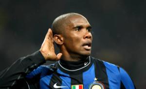 Samuel Eto'o con la maglia dell'Inter