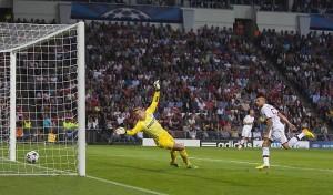 Milan - Il gol di El Shaarawy contro il PSV