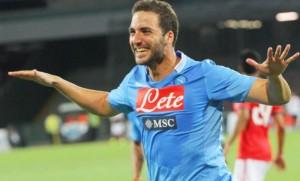 Serie A - Gonzalo Higuain con la maglia del Napoli