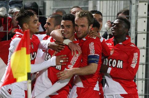 Il Monaco a 2 soli punti dal PSG sconfitto ad Evian