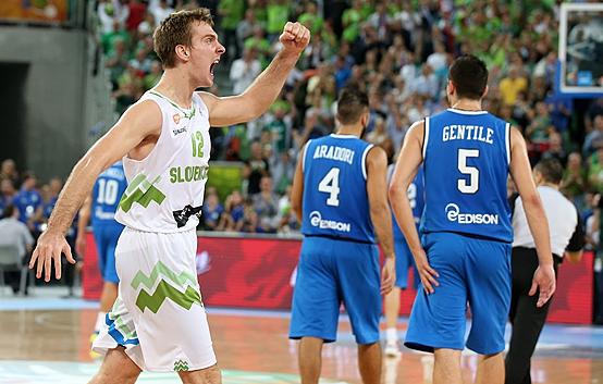 La Slovenia costringe l'Italia alla sua prima sconfitta a Eurobasket 2013