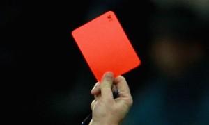 Il cartellino rosso, la massima sanzione comminata dagli arbitri