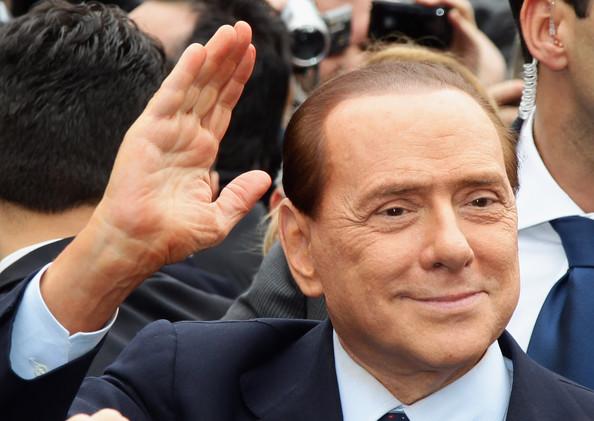 Berlusconi maradona milan