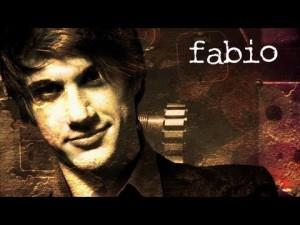 Fabio interpretato da Andrea Consonni. E' il padrone di casa e ha un flirt con Elena, che spera possa diventare qualcosa di più