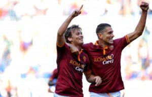 Ljajic e Borriello durante il derby con la Lazio