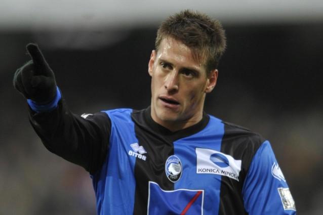 German Denis punisce l'Inter con un gran colpo di testa