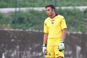 Francesco Bardi, giovane portiere ex Livorno e Chievo, è nel mirino della Fiorentina